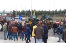 Αυταρχισμό της κυβέρνησης ΣΥΡΙΖΑ καταγγέλλουν οι Αγροτικοί Σύλλογοι της Θεσσαλίας