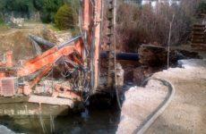 Σε εξέλιξη οι εργασίες κατασκευής νέας γέφυρας στον Κάλαμο Αργαλαστής