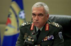 Μ. Κωσταράκος: Βαριά πολιτική πράξη η κατάργηση διακριτικών απο τις στολές των Ενόπλων Δυνάμεων
