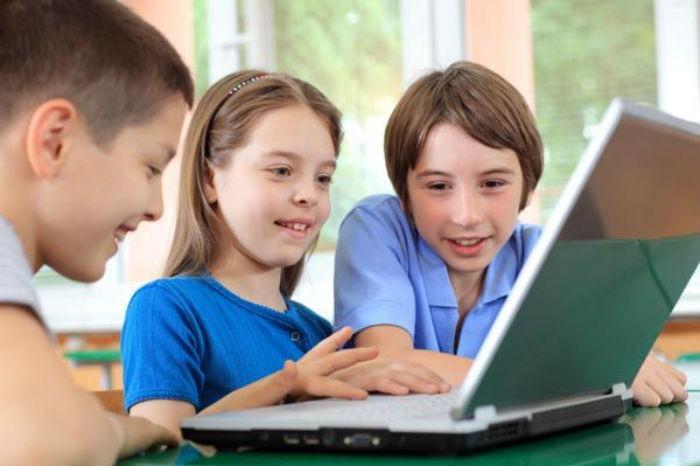 Έρευνα για τους κινδύνους και τις συνήθειες των παιδιών στο διαδίκτυο: To 21% έχει συναντηθεί με κάποιον που γνώρισε στο διαδίκτυο