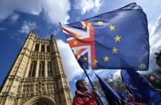 Βρετανία: Υπερψηφίστηκε η παράταση του Brexit