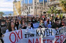 Δημοψήφισμα και συλλαλητήριο για την καύση απορριμμάτων