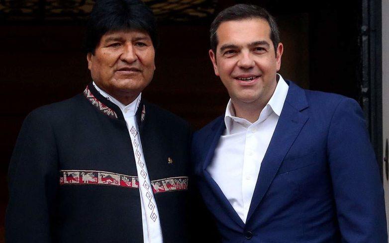 Τσίπρας και Μοράλες τάχθηκαν κατά των εξωτερικών παρεμβάσεων στη Βενεζουέλα