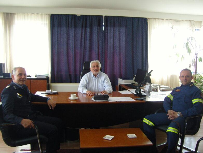 Επίσκεψη συντονιστή Επιχειρήσεων Αρχηγείου Πυροσβεστικού Σώματος στoν συντονιστή Αποκεντρωμένης Διοίκησης Θεσσαλίας – Στερεάς Ελλάδας