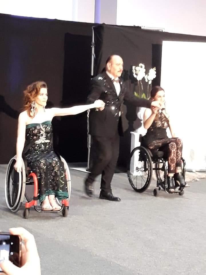 Λάμψη  στην πανελλήνια επίδειξη μόδας ΑΜΕΑ στο Βόλο