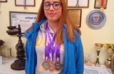 Μετάλλια η μαθήτρια του 1ου ΕΠΑΛ Ν. Ιωνίας Κυριακή Καραγιάννη στο διεθνές meeting συγχρονισμένης κολύμβησης