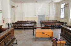 Καταδίκη 63χρονης για παράνομη κατασκευή ξύλινου στέγαστρου