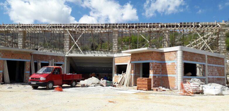 Με εντατικούς ρυθμούς οι εργασίες κατασκευής κλειστού γυμναστηρίου στο Δήμο Ζαγοράς –Μουρεσίου