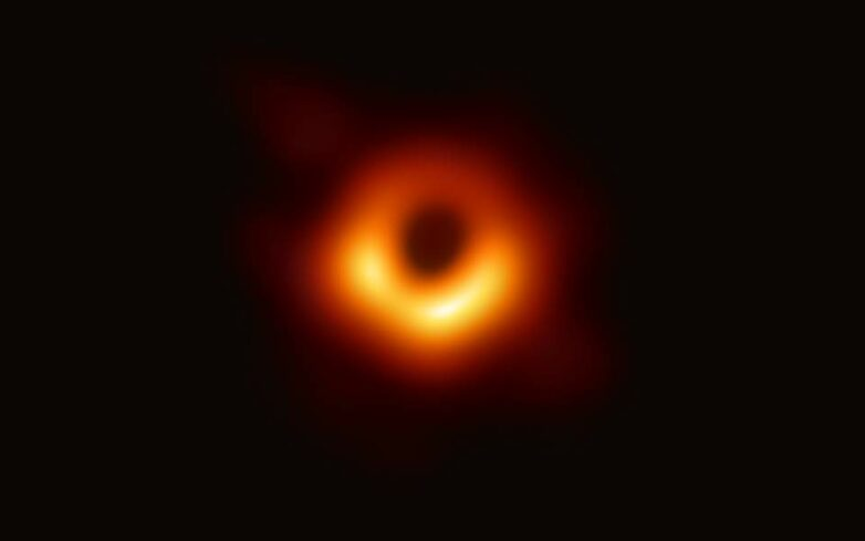 NASA: Η πρώτη φωτογραφία της μαύρης τρύπας