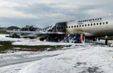 Μόσχα: Το αεροσκάφος χτυπήθηκε από κεραυνό, υποστηρίζουν επιβάτες της μοιραίας πτήσης