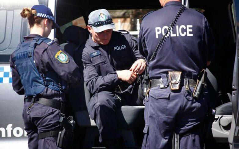 Πληροφορίες για τέσσερις νεκρούς από πυρά στην Αυστραλία