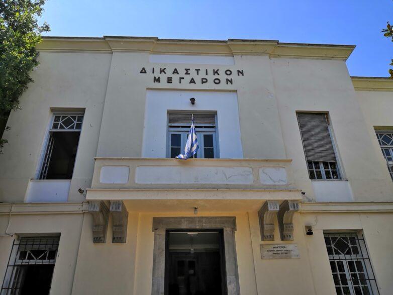 Δέκα μήνες με αναστολή σε 36χρονο Αλβανό που αρνήθηκε το αλκοτέστ