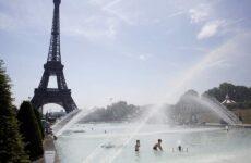 Αντιμέτωποι με τον μεγαλύτερο καύσωνα της δεκαετίας οι Ευρωπαίοι
