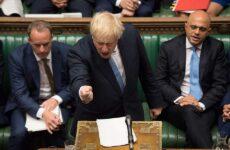 «Καύσωνας» 100 ημερών λόγω Τζόνσον στη Βρετανία