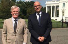 Συνάντηση Δένδια – Μπόλτον: «Ενίσχυση της στρατηγικής σχέσης Ελλάδας – ΗΠΑ»
