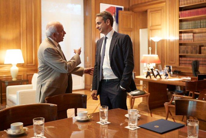 Σε θετικό κλίμα η συνάντηση του Κυρ. Μητσοτάκη με τον Ινδοκαναδό επενδυτή Πρεμ Γουάτσα