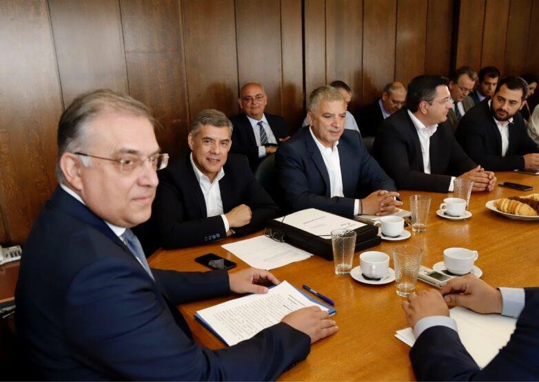 Συνάντηση των εκλεγέντων Περιφερειαρχών με τον Υπουργό Εσωτερικών Τάκη Θεοδωρικάκο