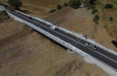 Παραδόθηκε σε κυκλοφορία η νέα γέφυρα στο Πλατανόρεμα Αλμυρού
