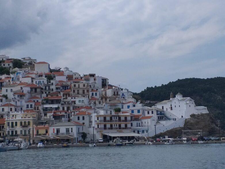 Σταματά η αποκομιδή απορριμμάτων τις Κυριακές στον Δήμο Σκοπέλου