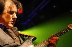 Έφυγε από τη ζωή ο Γιάννης Σπάθας, κιθαρίστας των Socrates