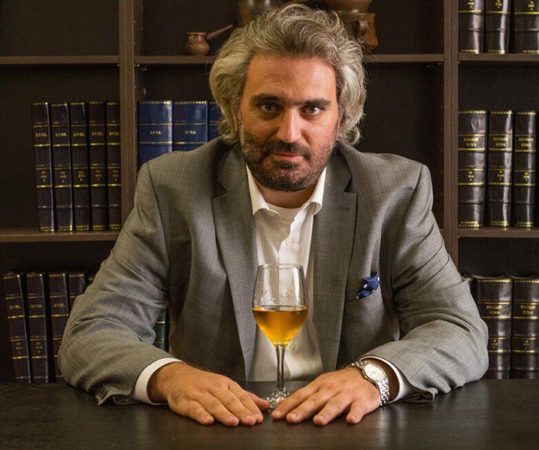 Ελληνική προεδρία στη Διεθνή Ένωσηγια το Δίκαιο του Οίνου