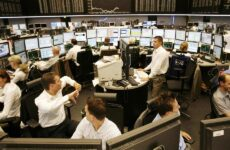Εντός του μηνός η Ελλάδα βγαίνει εκ νέου στις αγορές