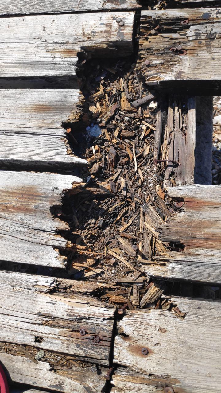 Άθλια κι επικίνδυνη εικόνα σε τουριστική περιοχή του Νοτίου Πηλίου