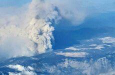 Μαίνεται η πυρκαγιά στην Εύβοια: Έτοιμα προς εκκένωση δύο χωριά