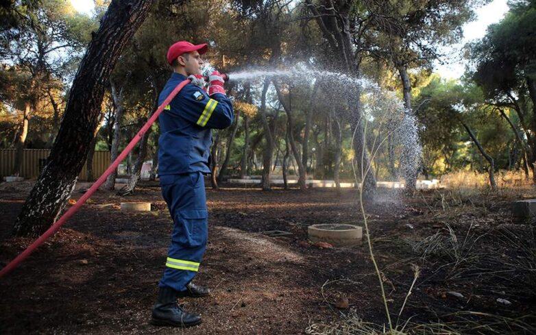 Πάνω από 120 πυρκαγιές από το απόγευμα της Παρασκευής