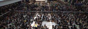 Υπό κατάληψη το αεροδρόμιο του Χονγκ Κονγκ