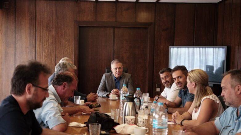 Συνάντηση ΠΟΕ-ΟΤΑ -υπουργού Εσωτερικών
