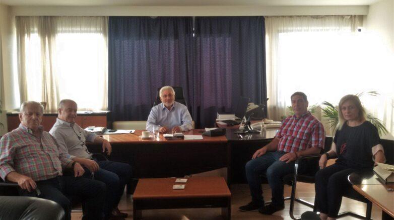 Επίσκεψη του νέου δημάρχου Τεμπών στoν συντονιστή Αποκεντρωμένης Διοίκησης Θεσσαλίας – Στερεάς Ελλάδας
