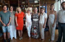 Την αντιπεριφερειάρχη ΠΕΜΣ επισκέφθηκαν Ρουμάνοι δημοσιογράφοι και bloggers
