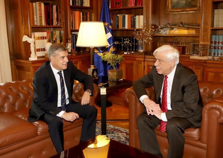 Στον Πρόεδρο της Δημοκρατίας ο πρόεδρος της ΕΝΠΕ και περιφερειάρχης Θεσσαλίας