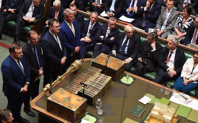 Brexit: H νέα μάχη στο Κοινοβούλιο και το «αίνιγμα» των εκλογών