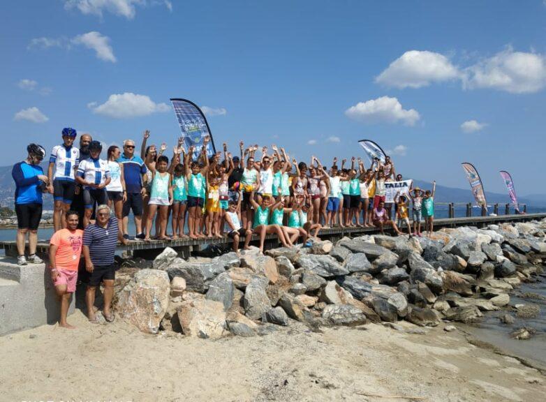 Τιμητική συμμετοχή της αγωνιστικής ομάδας κολύμβησης της Νίκης Βόλου