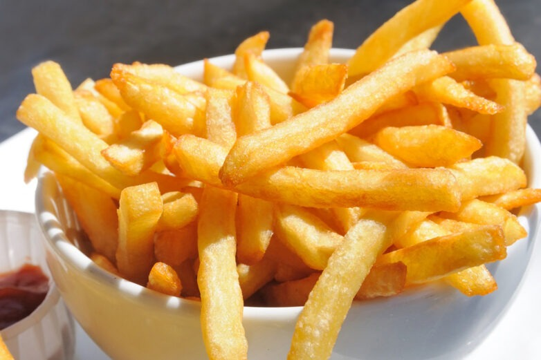 Έφηβος στη Βρετανία τυφλώθηκε επειδή έτρωγε μόνο τηγανιτές πατάτες