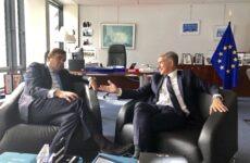 Συνάντηση του περιφερειάρχη Θεσσαλίας με τον Έλληνα επίτροπο στις Βρυξέλλες