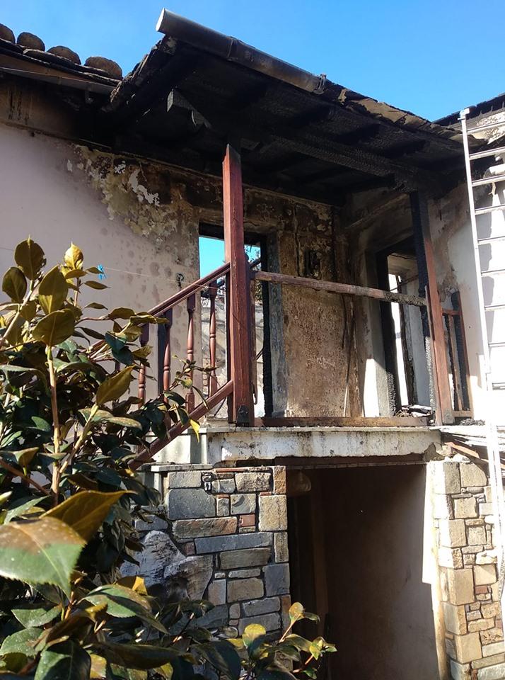 Καταστράφηκε από φωτιά σπίτι στο Μούρεσι