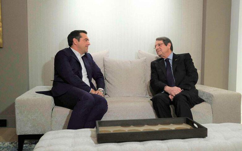 Κυπριακό και παράνομες τουρκικές ενέργειες στην κυπριακή ΑΟΖ στο επίκεντρο της συνάντησης Τσίπρα-Αναστασιάδη