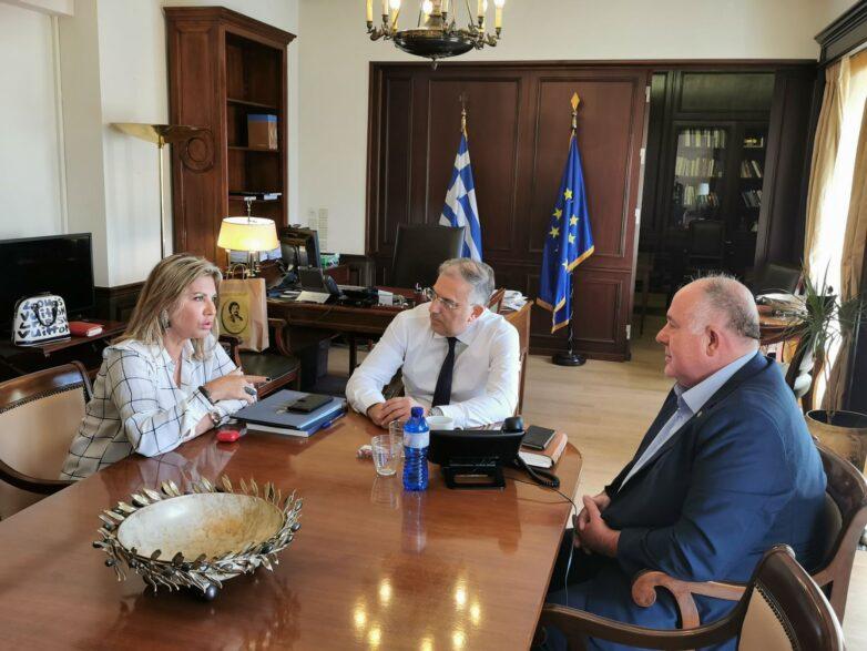 Άμεση ανταπόκριση και επίλυσηθεμάτων του Δήμου Ρήγα Φεραίου