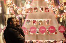 Από τις 12 Δεκεμβρίου το εορταστικό ωράριο των καταστημάτων