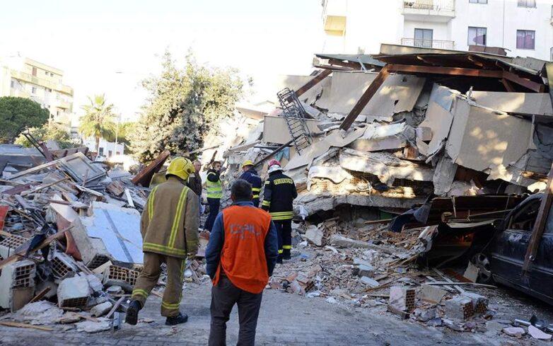 Στο πλευρό της Αλβανίας η Ελλάδα μετά τον καταστροφικό σεισμό