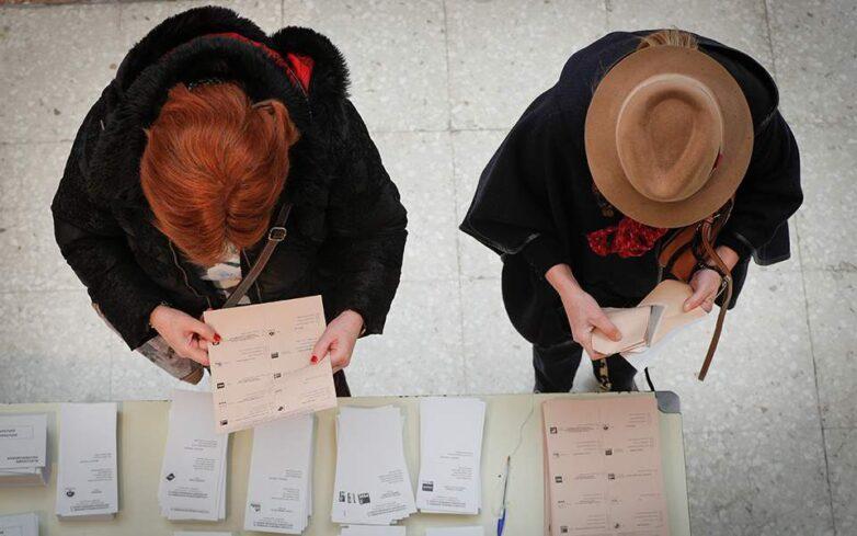 Ισπανία-Βουλευτικές εκλογές: Προβάδισμα για τους Σοσιαλιστές