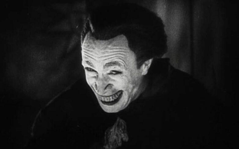 Ο πρώτος «Τζόκερ» εμφανίστηκε το 1928 σε ταινία του βωβού κινηματογράφου