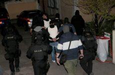 Βαρύτατες κατηγορίες κατά τεσσάρων κατηγορουμένων για συμμετοχή στην «Επαναστατική Αυτοάμυνα»