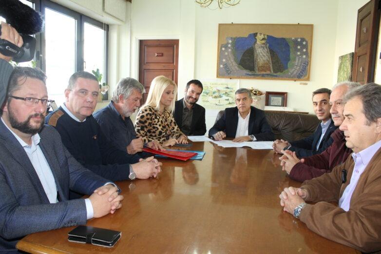 Αποκαθιστά με 1,5 εκατ. ευρώ το οδικό τμήμα Μακρυρράχη – Ανήλιο η Περιφέρεια Θεσσαλίας