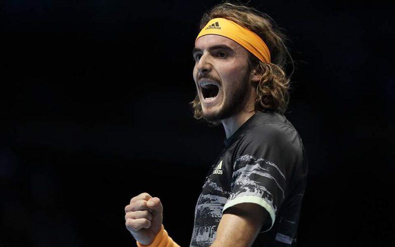 Στον τελικό του ATP Finals ο Τσιτσιπάς – Κέρδισε τον «βασιλιά» Φέντερερ
