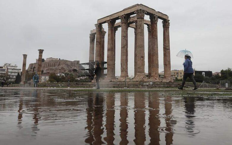 Σαρώνει τη χώρα η «Βικτώρια»: Καταστροφές σε Κέρκυρα, Κεφαλονιά και Χανιά – Καταιγίδες το βράδυ στα ανατολικά