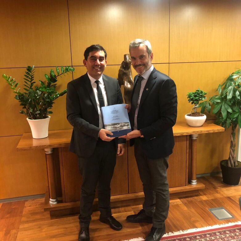 Συνάντηση δημάρχου Σκιάθου με δήμαρχο Θεσσαλονίκης
